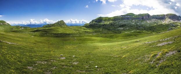 Panorami sulla Val di Non del Monte Peller_val di sole