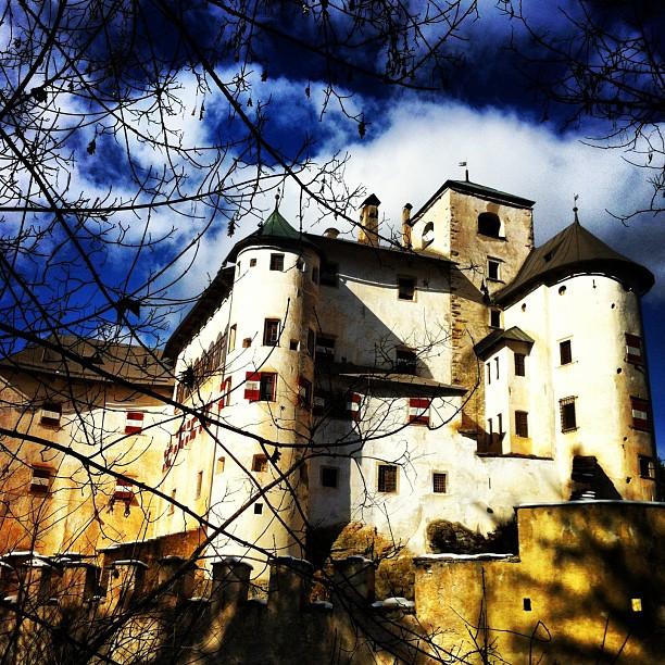 Castel Bragher passeggiando dal Pineta