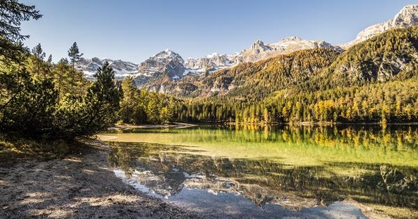 lago di tovel autunno