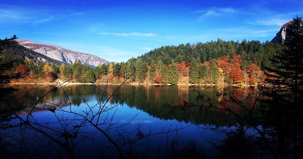 lago di tovel passeggiata