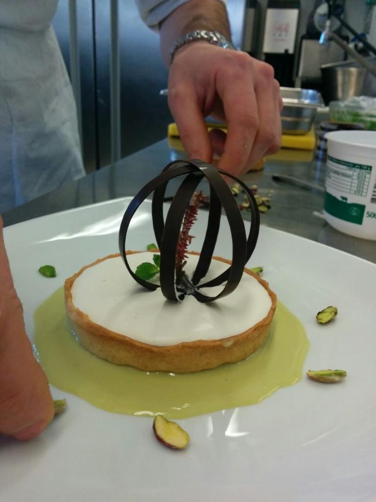 stiamo facendo il Cestino alle mele Bella di Bosco, Casolet e Cioccolato