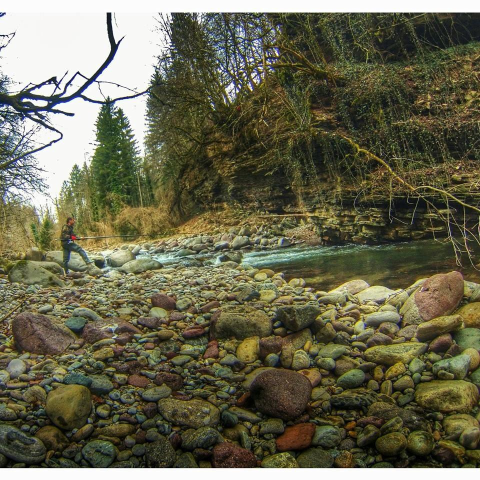 Pesca in torrente Trentinofishing Noce
