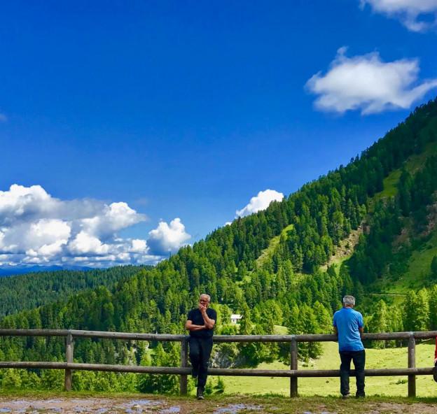 Escursione sul monte Peller con Livio, panorami speciali