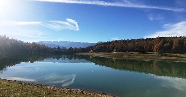 laghi di coredo e montagne