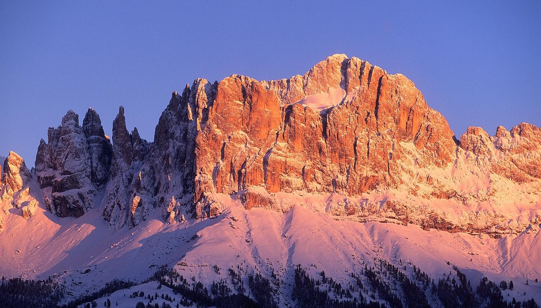 Enrosadira: un fenomeno naturale tipico delle Dolomiti