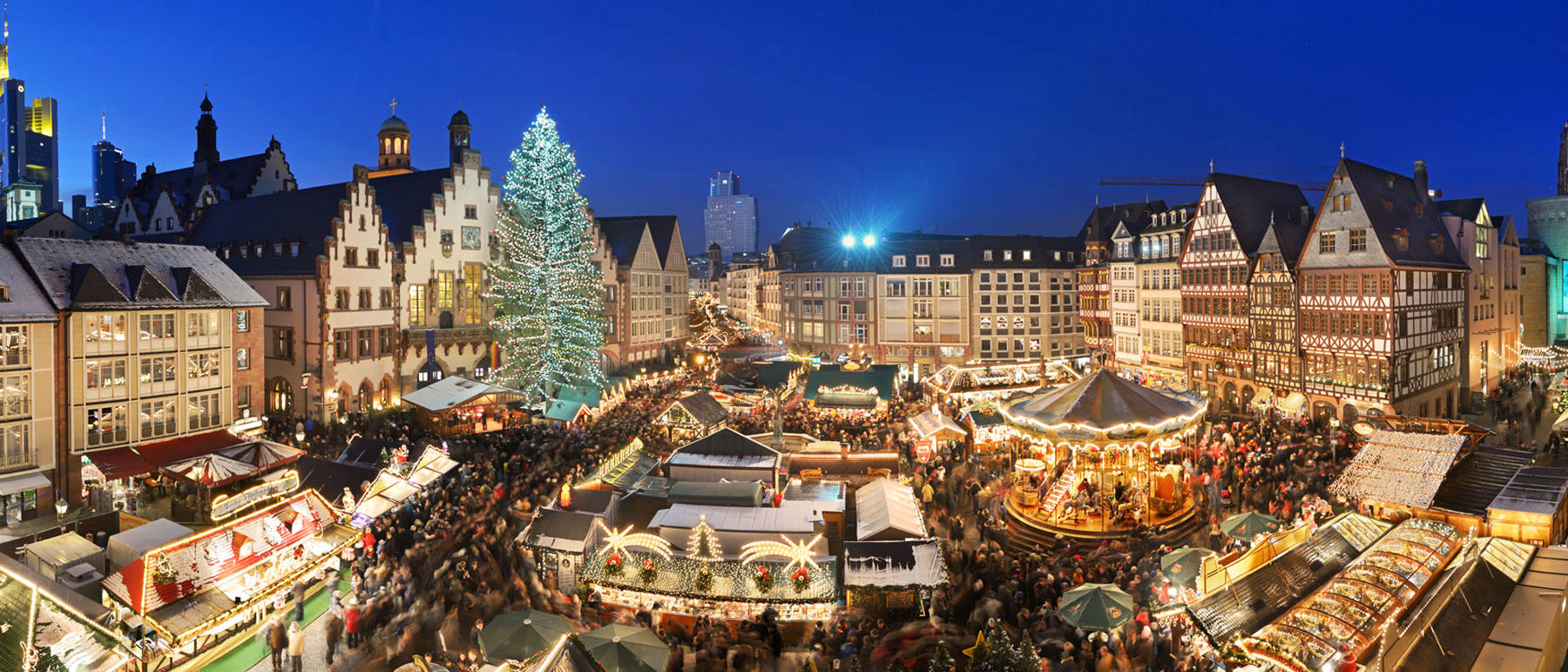 Photo of Christmas Market in piazza Walther, Bolzano - Bozen