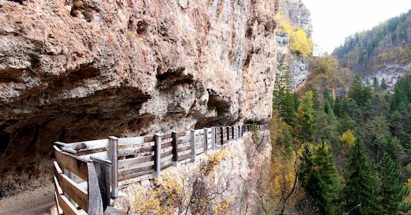 Passeggiata roccia Santuario san Romedio