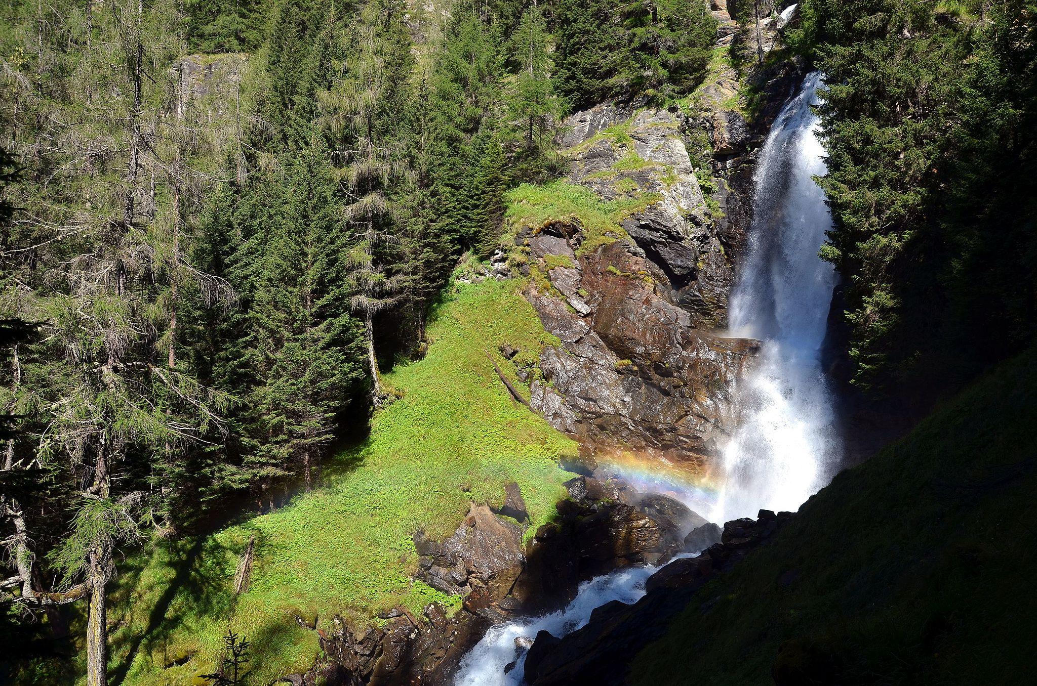 Lo spettacolo delle Cascate del Saent (europeanwaterfalls.com)