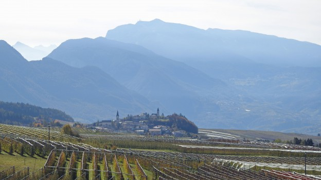 Vista da Smarano verso Tres e il fondo valle