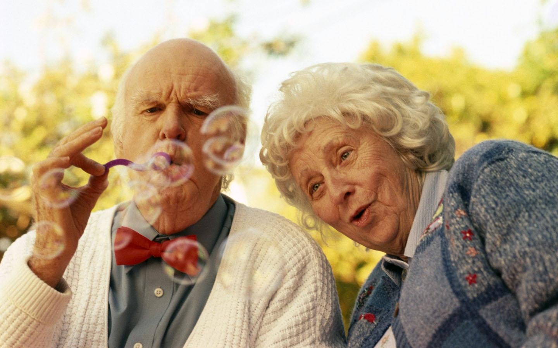 Il 1 ottobre festeggeremo insieme ai nostri nonni la Giornata Internazionale dedicata agli anziani