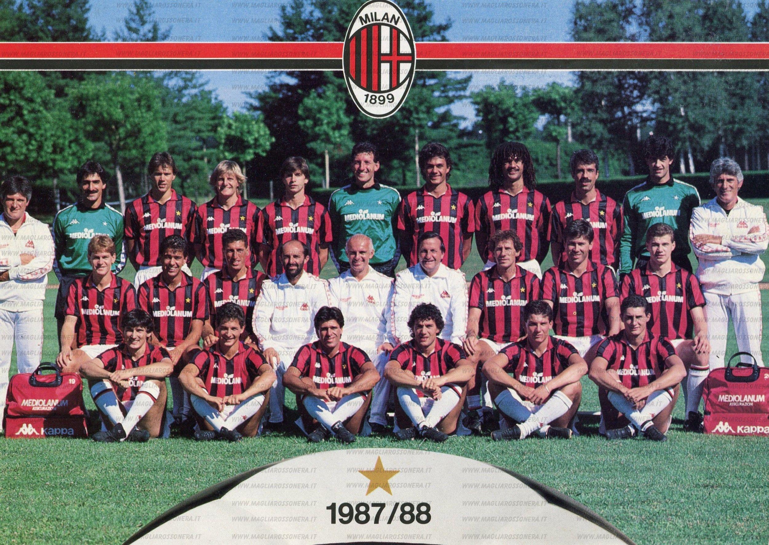 Il Milan di Arrigo Sacchi nel 1987/88: nella foto si riconoscono - tra gli altri - Van Basten, Baresi, Maldini, Gullit, Ancelotti, Donadoni, Costacurta e Massaro