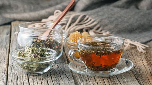 decotto-digestivo-erbe-aromatiche
