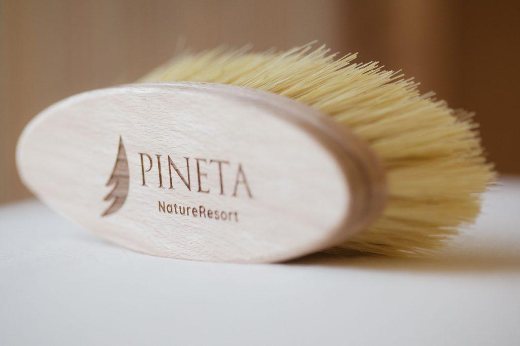 Spazzola-scrub-pineta-nature-spa